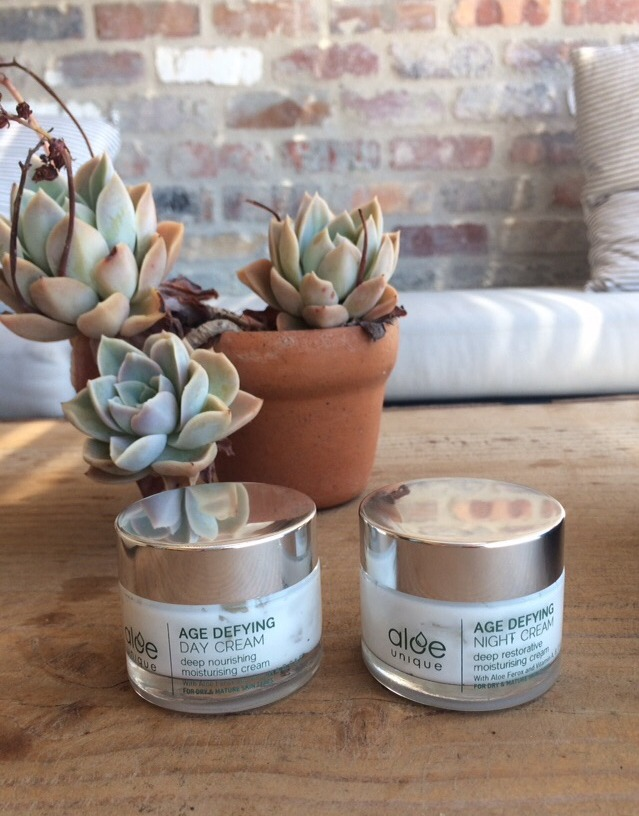 aloe unique age-defying day and night cream