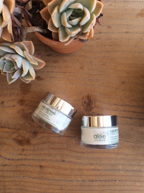 ALOE UNIQUE DAY & NIGHT AGE-DEFYING CREAM