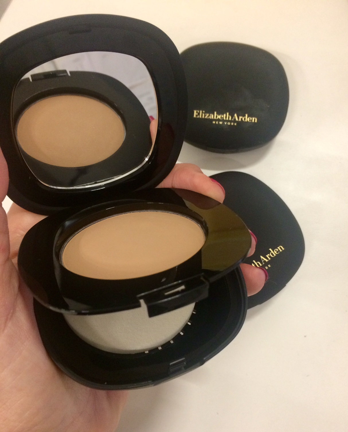 lawless Finish Everyday Perfection Bouncy Makeup