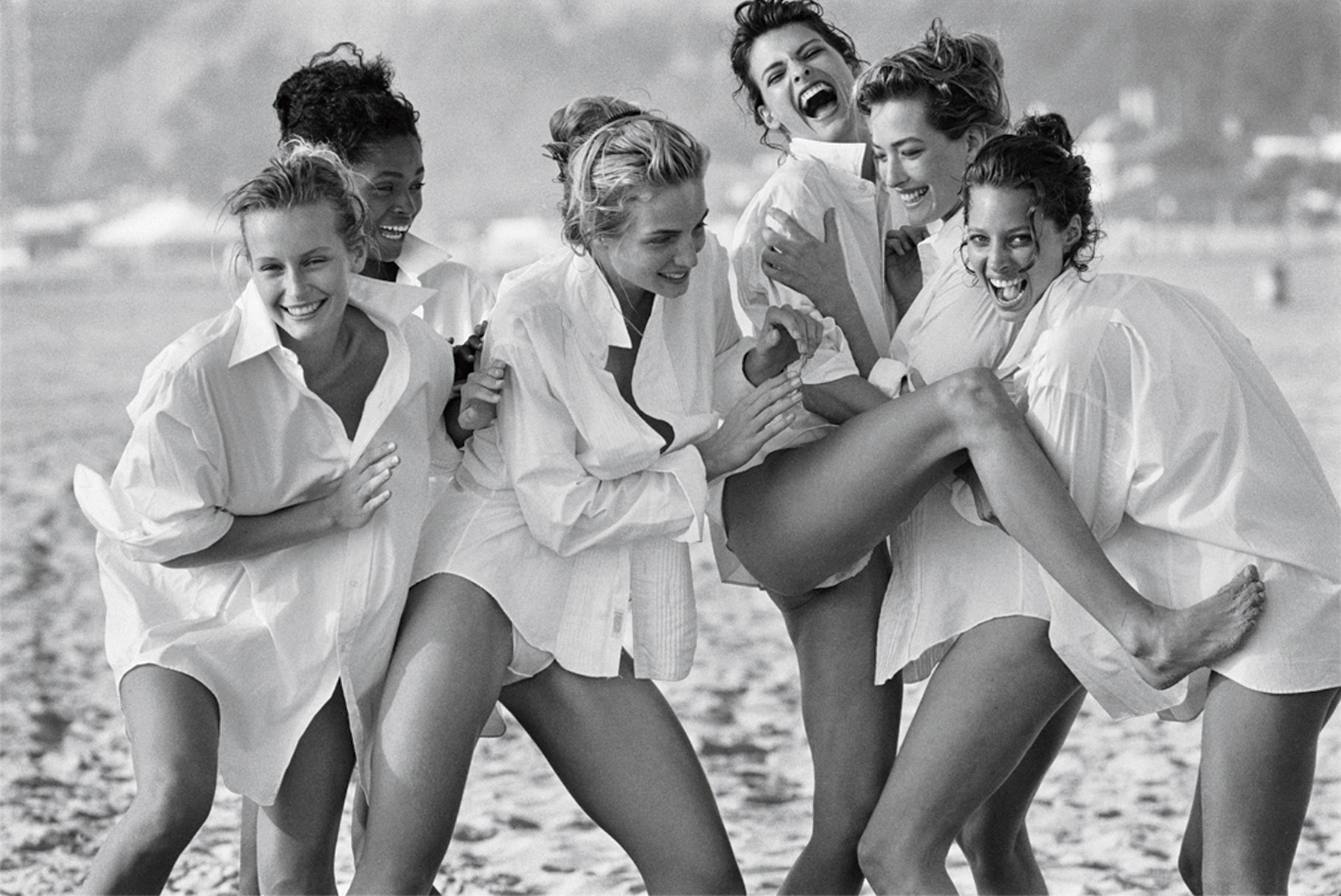 Peter LIindbergh Photographer of supermodels on beach