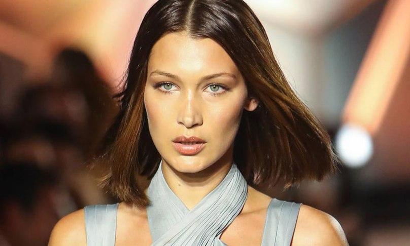 Model Bella Hadid face for Bvlgari Goldea The Roma Night perfume